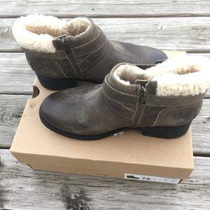Ugg Benson Boots